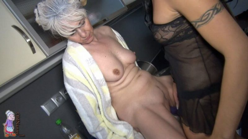 Oldnanny old and young woman shower and masturbating pussy 2