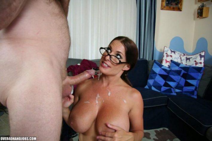 goldie big tits